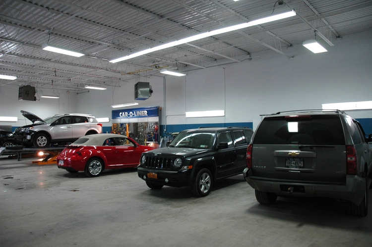 Village Line Auto Body Repair Offers Custom Paint Services at Best Price